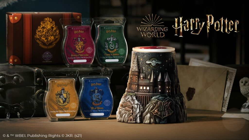 Hogwarts – Scentsy Warmer and Hogwarts Houses – Scentsy Wax Collection