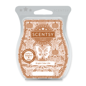 Bright Cider Life Scentsy Bar Spiced harvest cider comes to life with luscious pumpkin and a slice of red apple.